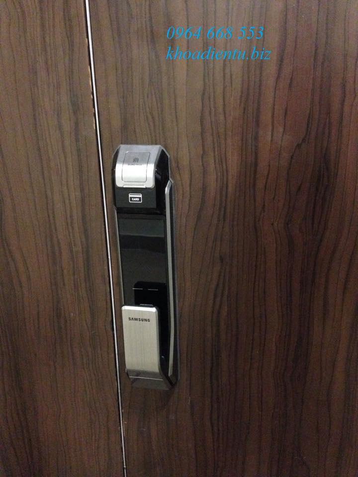 Lắp đặt khóa điện tử Samsung p718